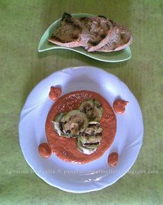 Millefoglie di zucchine e pesce su coulis di peperone rosso….eeee….premiiii!!!!