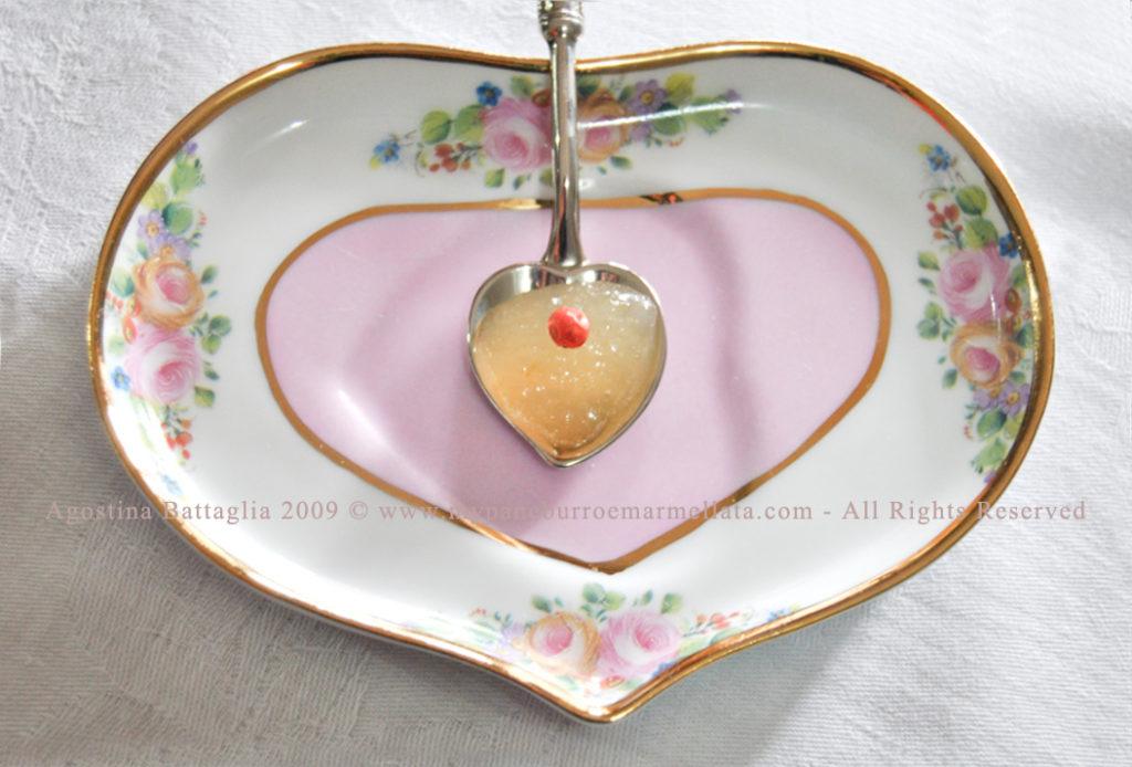 marmellata di pere e pepe rosa - cuore