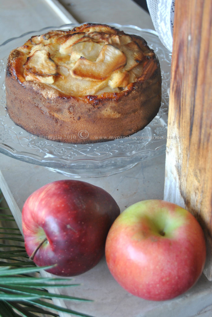 grandma duck apple cake