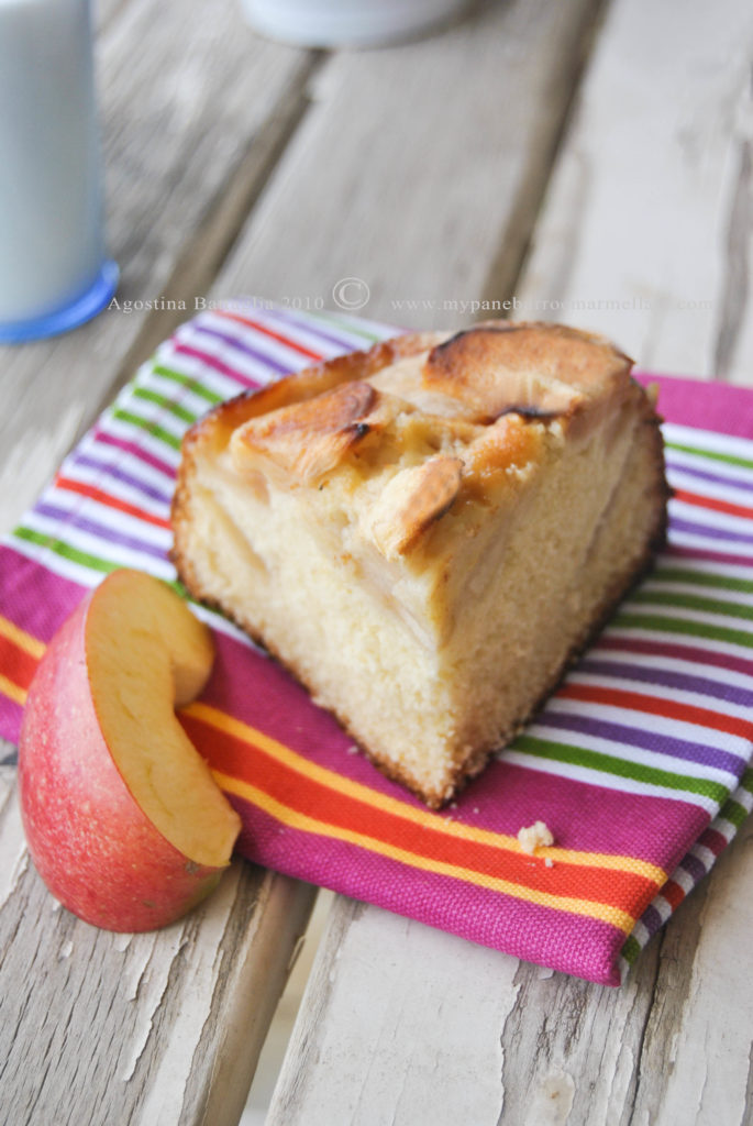 grandma duck apple cake - slice