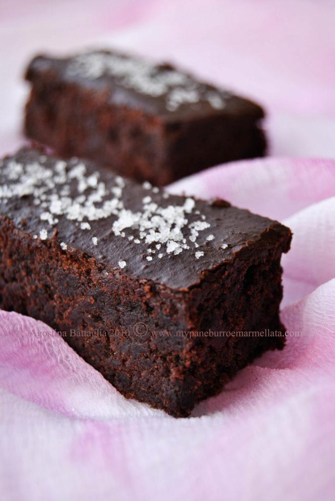 brownie au chocolate à la fleur de sel - lato1