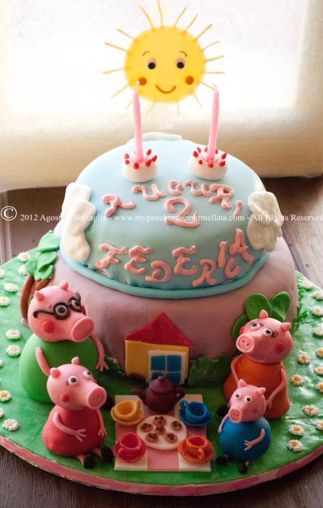 pegga pig cake