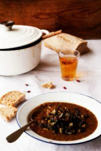 Zuppa di lenticchie, foglie di broccolo…e peperoncino :-)