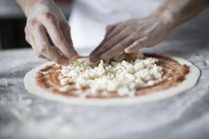 i segreti dell'impasto per una pizza perfetta