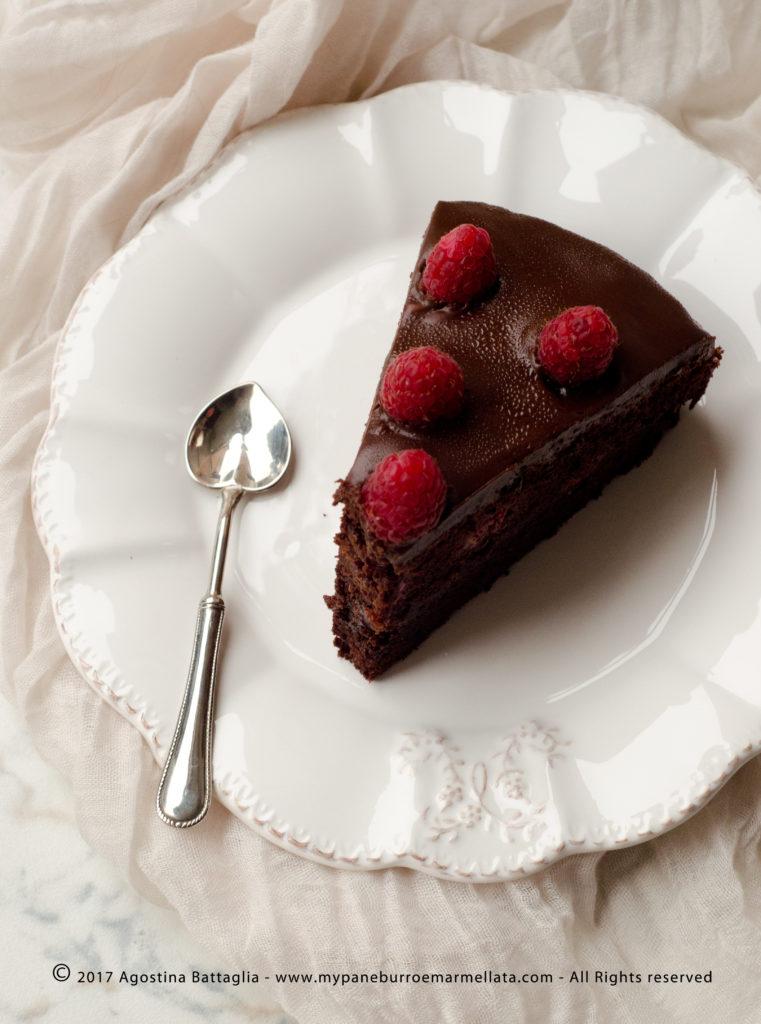 torta sacher ai lamponi