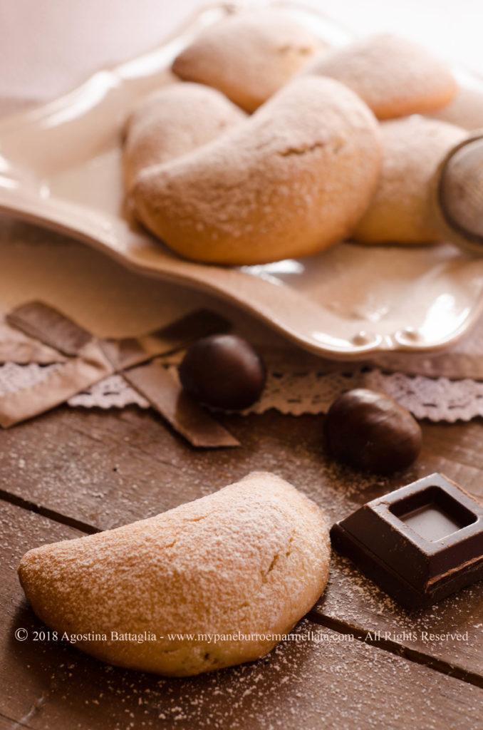 Biscotti ripieni di castagne e cioccolato