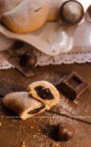 Biscotti ripieni di castagne e cioccolato per la Festa del Papà