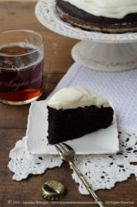 Guinness Cake senza lattosio, il mio compleanno e 10 anni di blog
